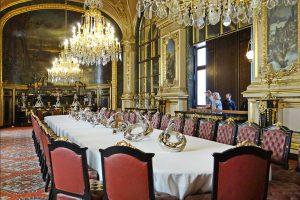 میز غذاخوری فرانسوی