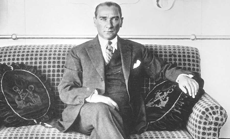 آتاتورک بنیانگذار نساجی ترکیه